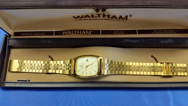 WALTHAM GOLD PLATED WRISTWATCH