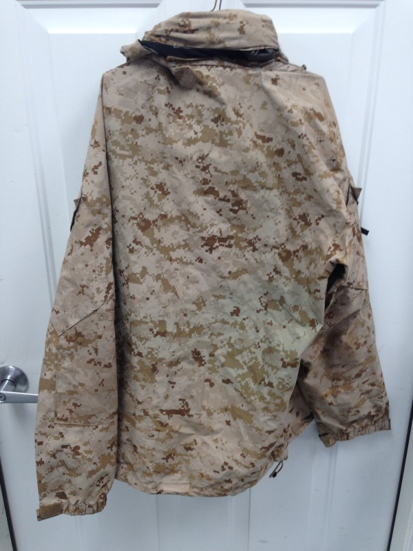 US MILITARY GORTEX JACKET ENVIRONMENTAL CAMO-MEDIUM