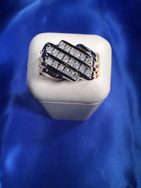 Gent's Diamond Fashion Ring 20 Diamonds .20 Carat T.W. 10K Yellow Gold 4.7g