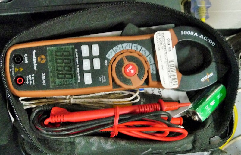 SOUTHWIRE Multimeter 22070T CLAMP METER