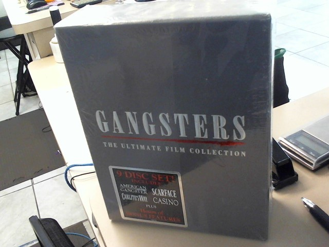 THE ULTIMATE GANGSTERS COLLECTION
