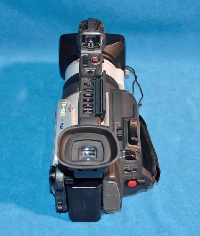 Canon GL1 Camcorder Digital Video Camera 3CCD NTSC Fluorite 100x Zoom Mini DV