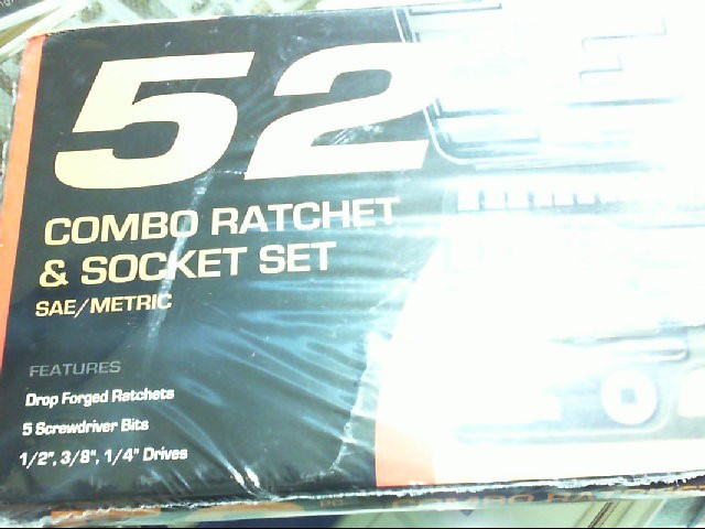 52 PC NO NAME COMBO RACHET AND SOCKET SET WITH 9 DVDS