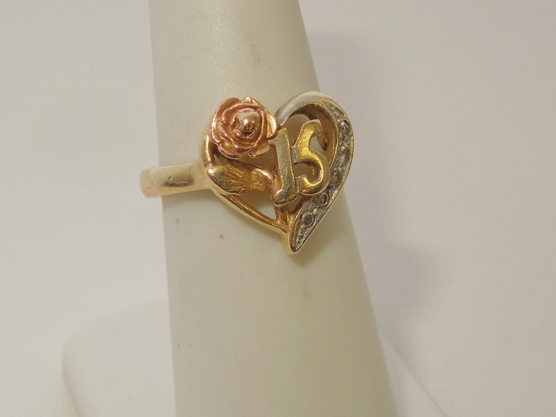 Synthetic Cubic Zirconia Lady's Stone Ring 14K Tri-color Gold 4.1g Size:7