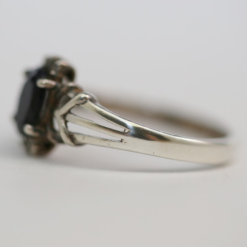 Unique Silver and Onyx Ring Size 7