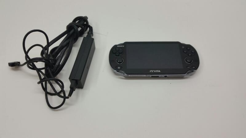 Sony PlayStation Vita PCH-1001