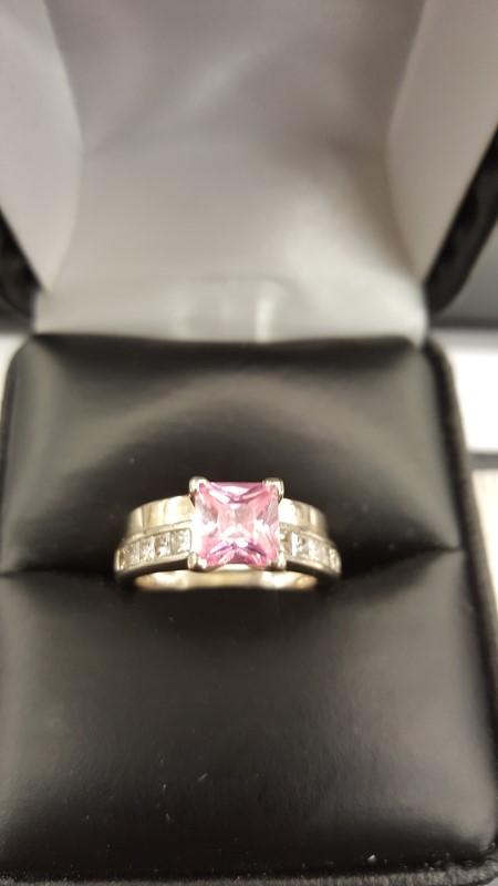 Pink Stone Lady's Stone & Diamond Ring 10 Diamonds .60 Carat T.W.