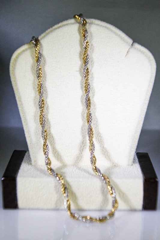 "18"" Gold Rope Chain 14K 2 Tone Gold 9.3g"