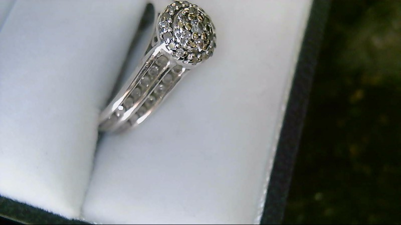 Lady's sterling silver 925 sz 6 round diamond cluster ring