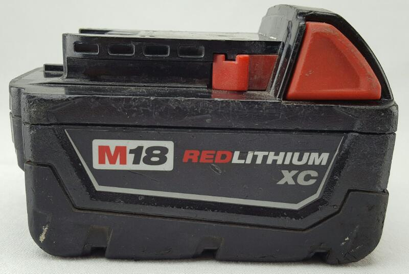 MILWAUKEE M18 RED LITHIUM XC 18V BATTERY 48-11-1828