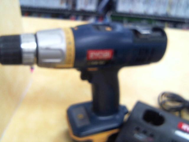 RYOBI Combination Tool Set SA14402 DRILL &FL1400 FLASHLIGHT KIT