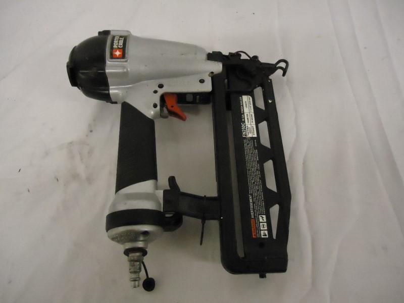 PORTER CABLE Nailer/Stapler FN250C