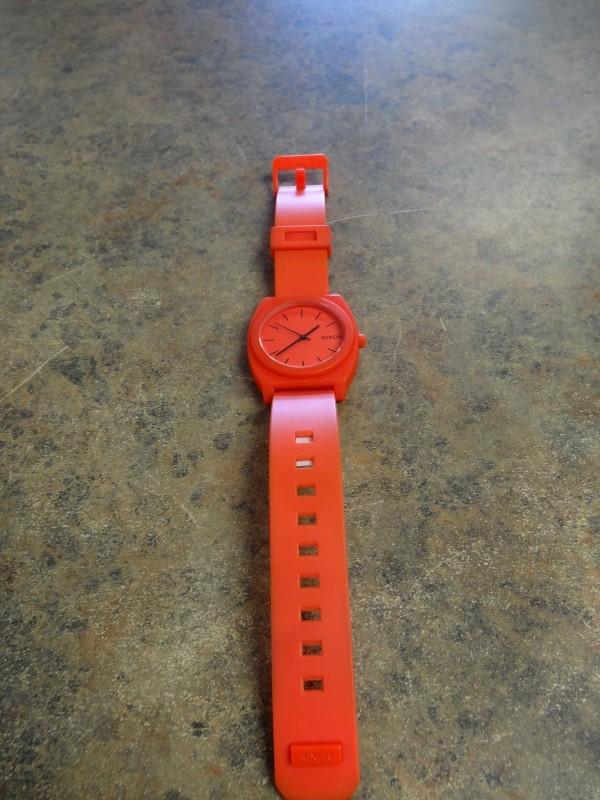 NIXON Gent's Wristwatch MINIMAL THE TIME TELLER P