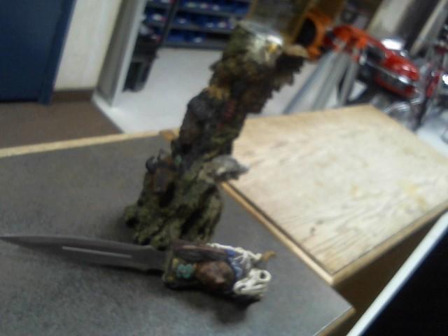 Display Knife TOTEM POLE KNIFE