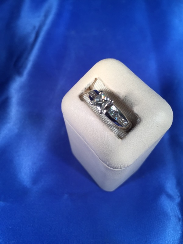 Lady's Diamond Fashion Ring 9 Diamonds .18 Carat T.W. 14K White Gold 4.6g