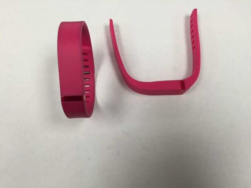 FITBIT INDOOR SPORTS FLEX PINK (EXTRA BAND INCLUDED) (PLEASE READ)