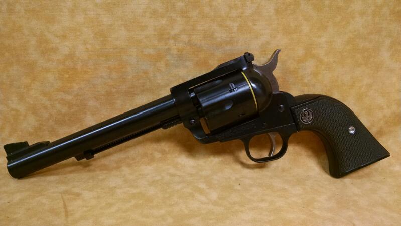 RUGER Revolver NEW MODEL BLACKHAWK 41 MAGNUM
