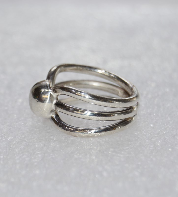 Sterling Silver Triple Split Shank Polished Bar & Ball Ring sz 5