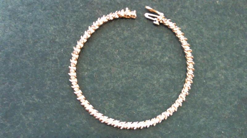 Gold-Diamond Bracelet 54 Diamonds .54 Carat T.W. 14K Yellow Gold 9.2g