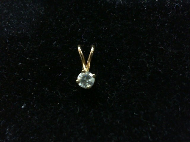 Gold-Diamond Solitaire Pendant .09 CT. 14K Yellow Gold 0.4g