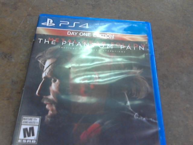 THE PHANTOM PAIN PS4