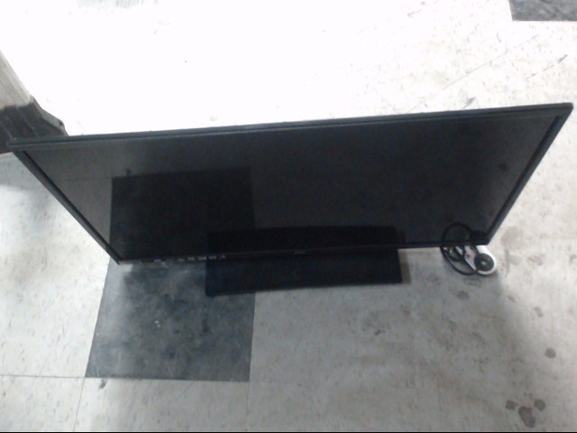 RCA Flat Panel Television LED32G30RQD