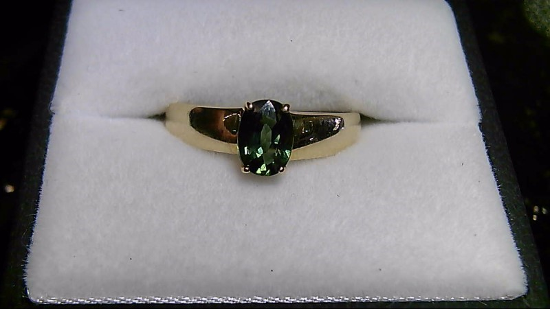 Green Topaz Lady's Stone Ring 14K Yellow Gold 2.24g