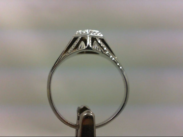 Lady's Diamond Engagement Ring .10 CT. 18K Yellow Gold 3.1g
