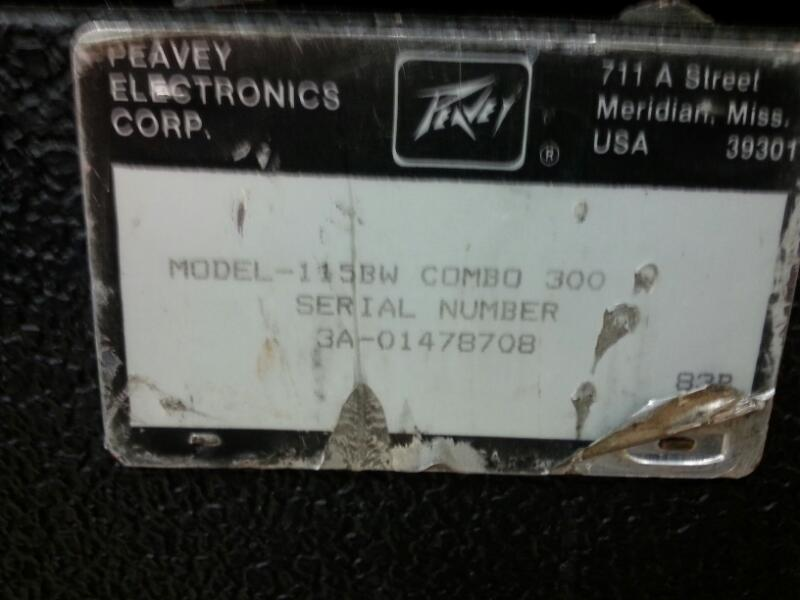 PEAVEY Electric Guitar Amp COMBO 300 2 OHM RATED