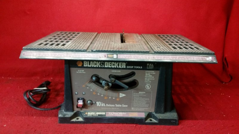 "Black & Decker 10"" Deluxe Table Saw"