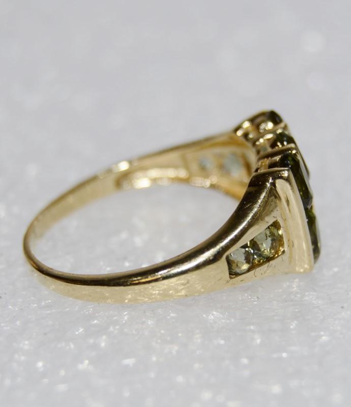 14K Yellow Gold Bar Set PERIDOT EXPLOSION Ring Size 8.5