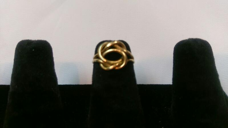 Lady's Gold Knott Ring 14K Yellow Gold 2.4g Size:3
