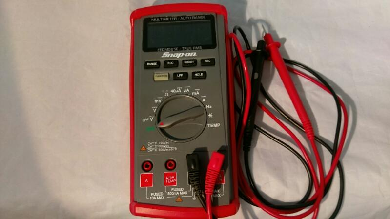 Snap-On EEDM525D True RMS Multimeter Auto Range W/ Leads