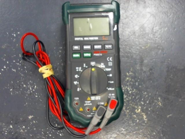 CEN-TECH Multimeter P98674