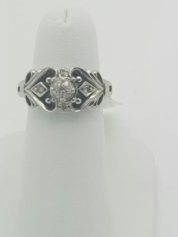 L'S 14KT Lady's Diamond Solitaire Ring DIAMOND .30 CT. 14K White Gold 3.5dwt