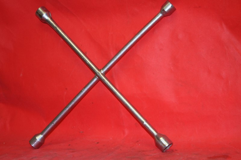 Misc Automotive Tool 4 WAY TIRE IRON