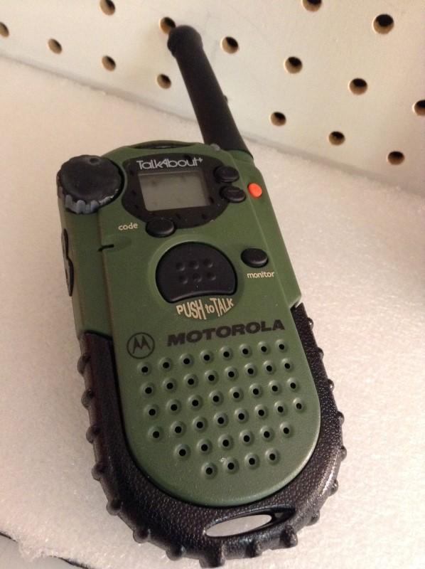 MOTOROLA 2 Way Radio/Walkie Talkie TALKABOUT