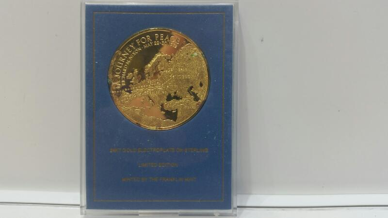Franklin Mint 24k Gold Plated Silver The Presidential Journey to Russia Medal