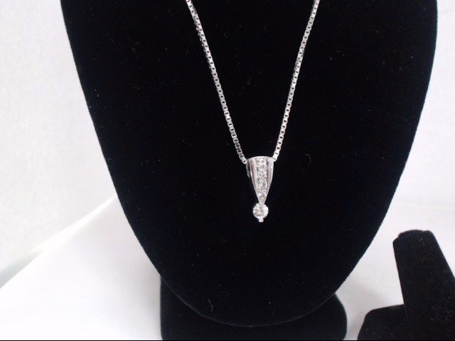 Diamond Necklace .20 CT. 14K White Gold 6.2g