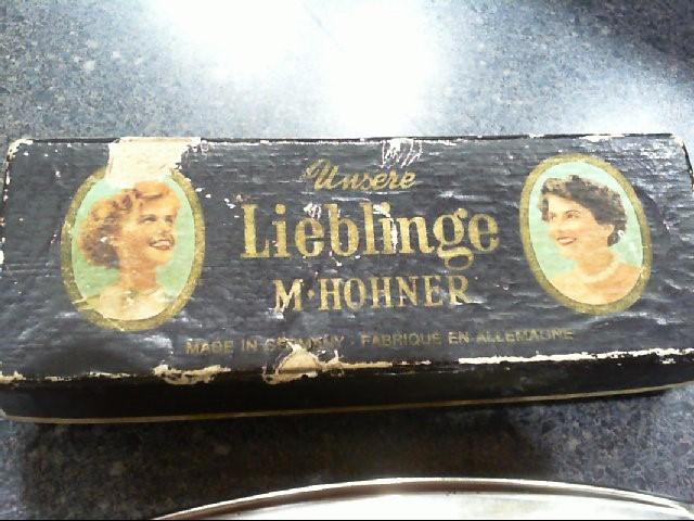 HOHNER Harmonica UNSERE LIEBLINGE-C 48