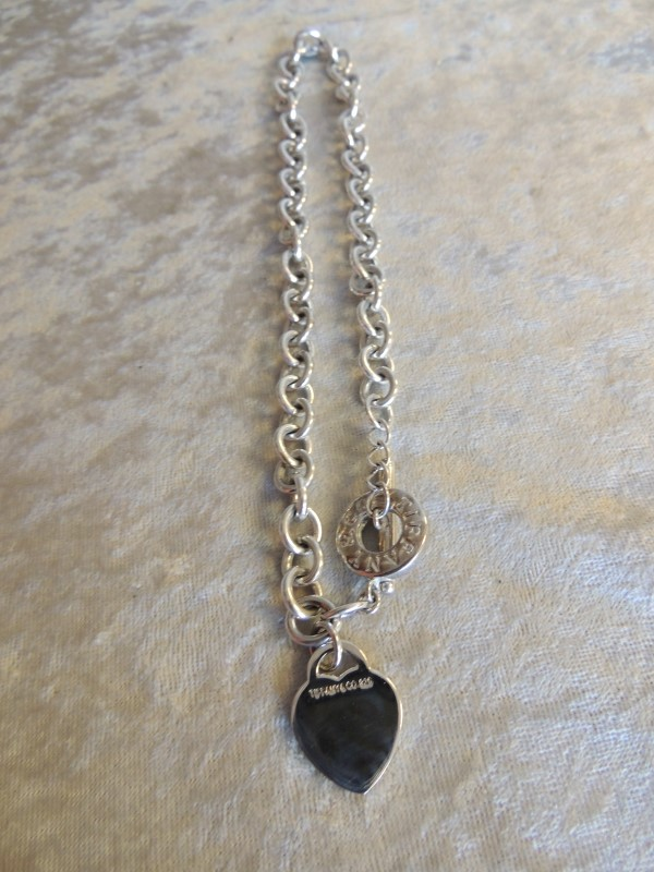 Tiffany & Co. Heart Tag Toggle Chain Link Necklace Sterling Silver AUTHENTIC