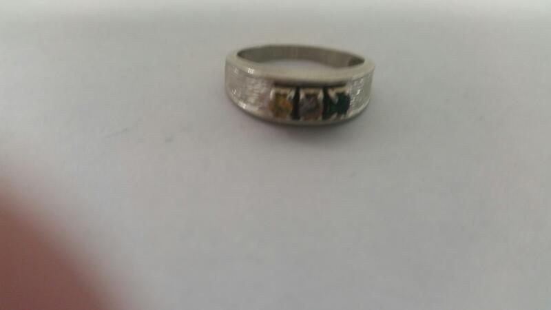 Lds 10K-WG Three Stone Mother's Ring