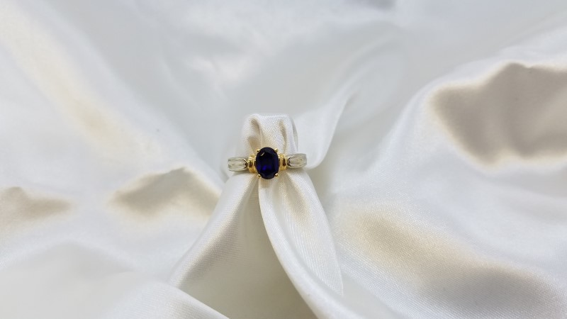 Ladies Two-Tone Fashion Ring Oval Blue Stone 18K Gold 5.5g Size:7.8