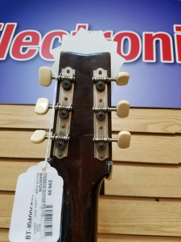 YAMAHA Acoustic Guitar FG-110