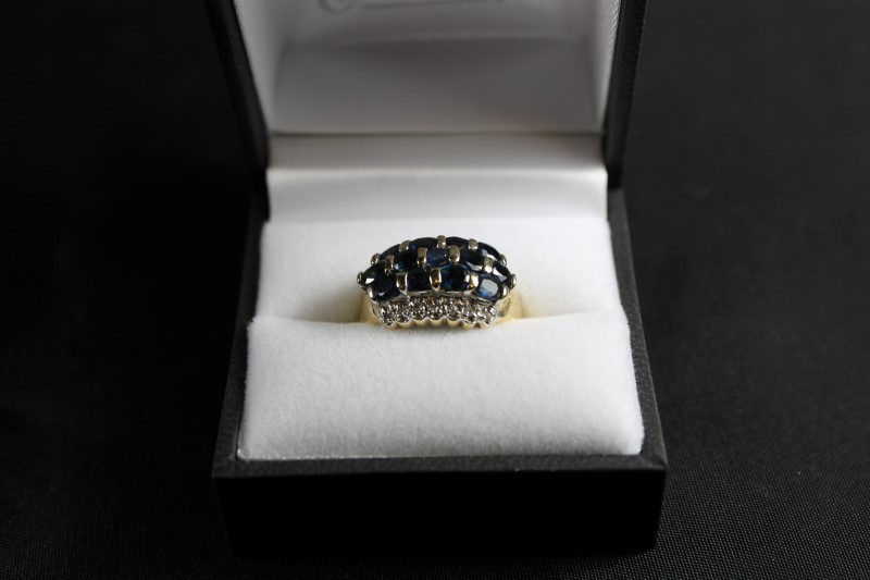 Oval Cut Sapphire and Brilliant Round Cut Diamond 14K Yellow Gold Ring