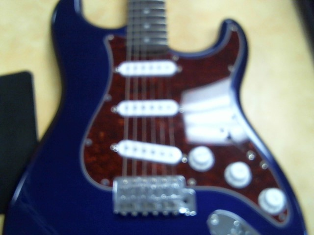 FENDER Electric Guitar SQUIER STRAT CE