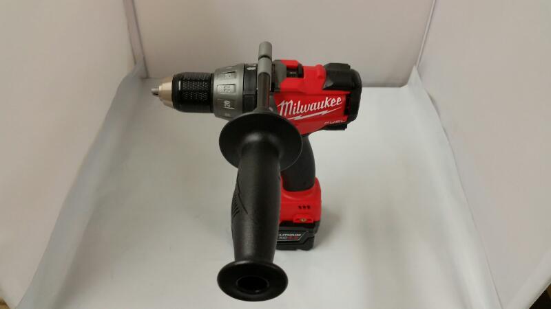 Milwaukee 2797-22 M18 Volt Cordless 2-Tool Drill & Impact Combo Kit
