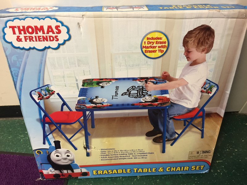 THOMAS & FRIENDS ERASEABLE TABLE AND CHAIR SET