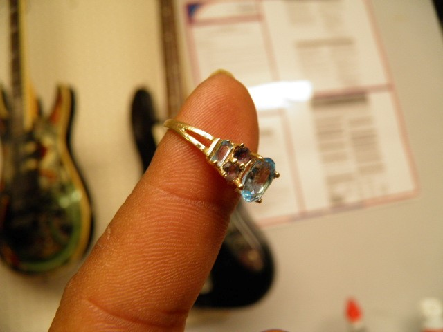 RING JEWELRY  LADIES BIRTHSTONE, 14KT, 1.70 DWT; OVAL BLUE  CENTER, 2ROUND PURPL