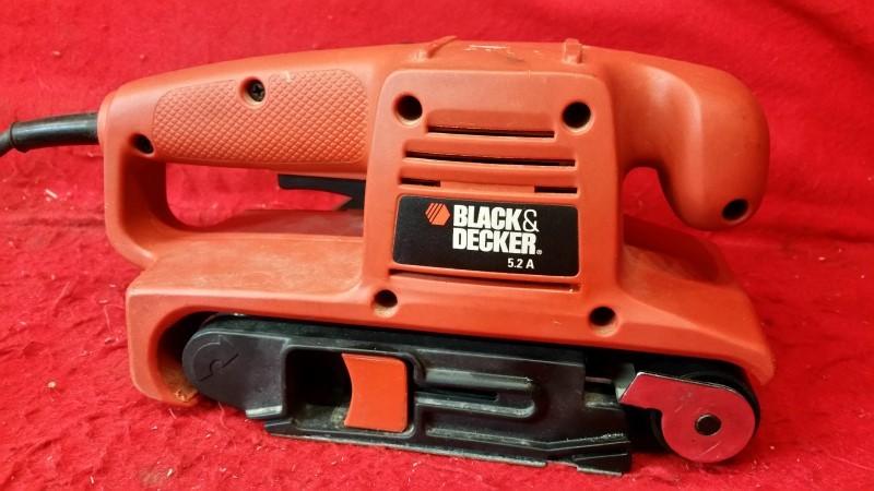 "Black & Decker 3"" X 18"" Hand Held Belt Sander"